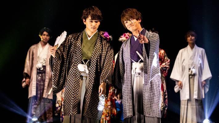 京都さがの館の男袴を着こなした二人組の男性モデル達