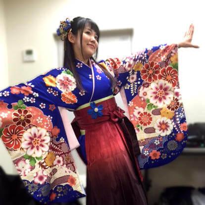 映画プリキュアの舞台挨拶でさがの館の袴が採用!