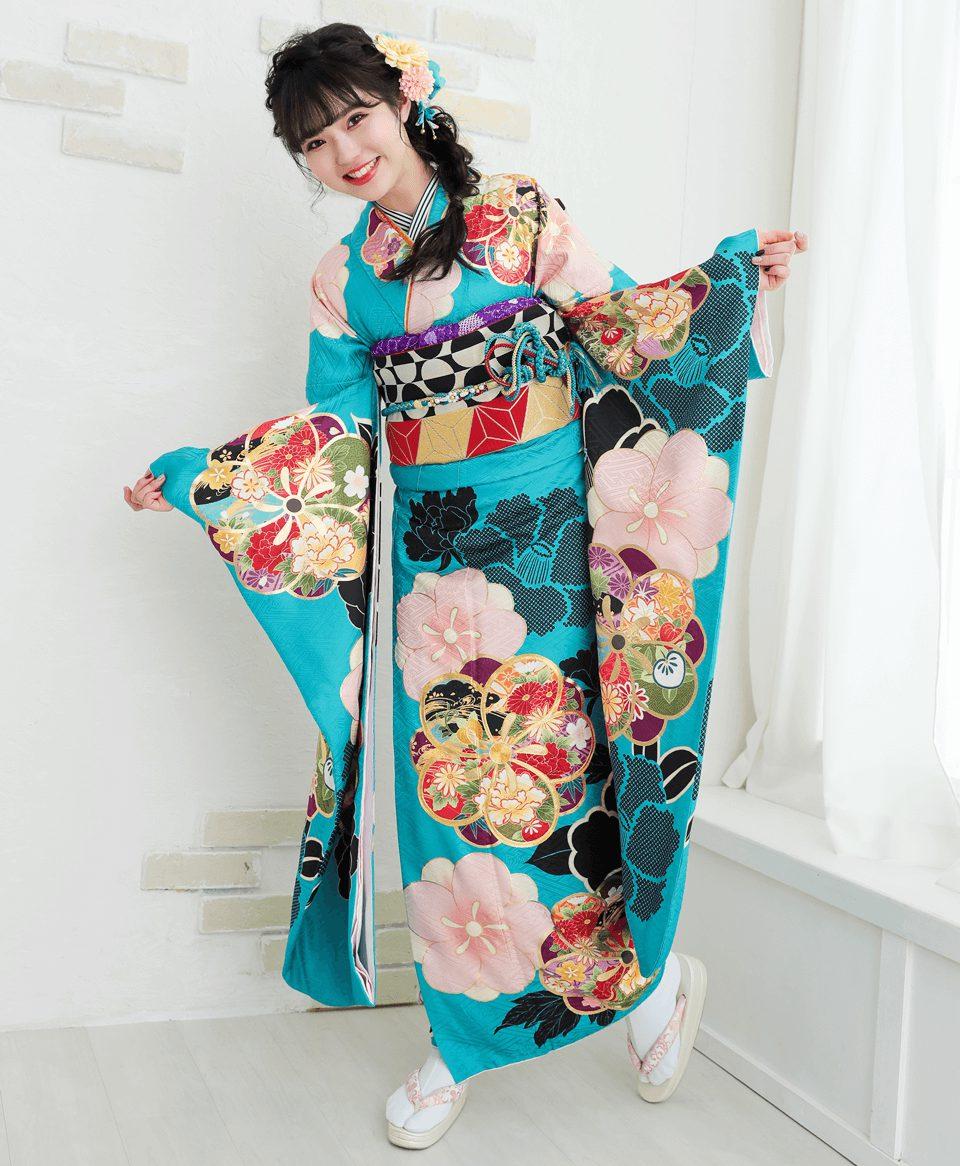 爽やかなライトブルーに梅の絵柄が女性らしい雰囲気にピッタリ!!
