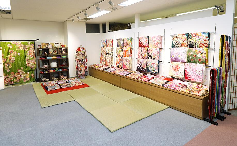 振袖レンタル・購入ができる京都さがの館横浜店